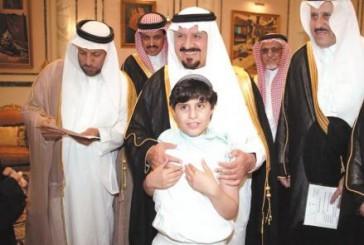 الأمير سلطان بن عبدالعزيز يستقبل مسؤولي الجمعية